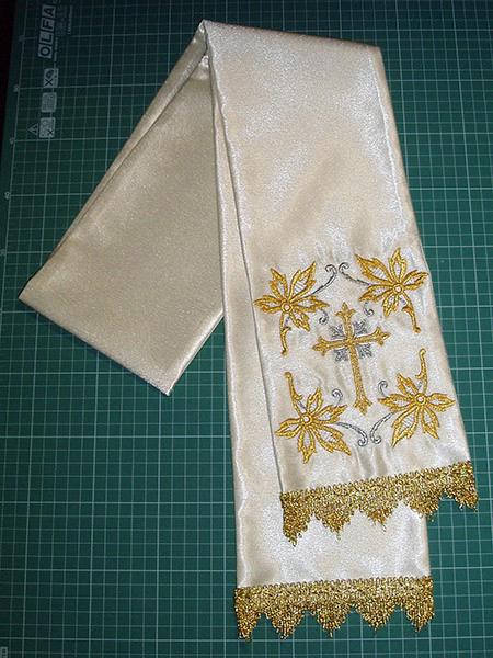 Вышивка надписи на полотенце